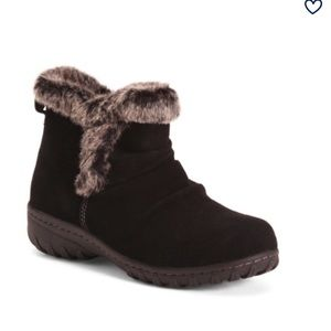 NEW Khombu Women's Suede & Faux Fur Storm Booties